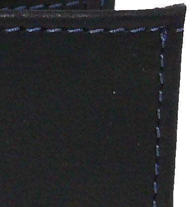 noir piqué bleu
